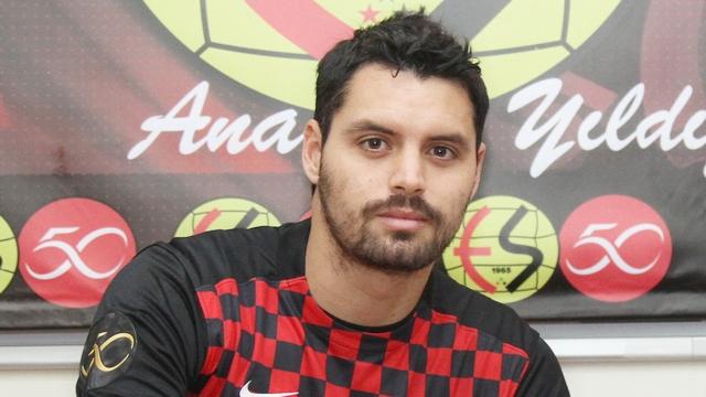 Pinto resmen Eskişehirspor'da