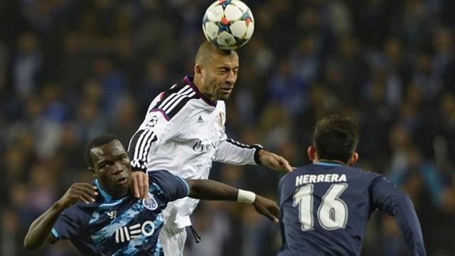 Porto fark attı, bileti aldı!