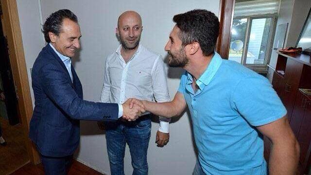 Sabri Sarıoğlu bombaladı!