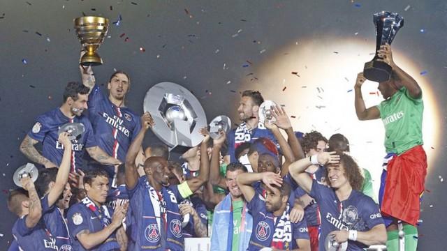 PSG kupayı kaldırdı!
