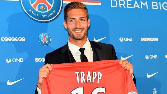 PSG, Trapp'ı basına tanıttı