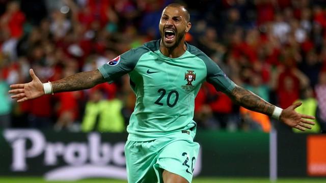 Quaresma Portekiz'i kurtardı!