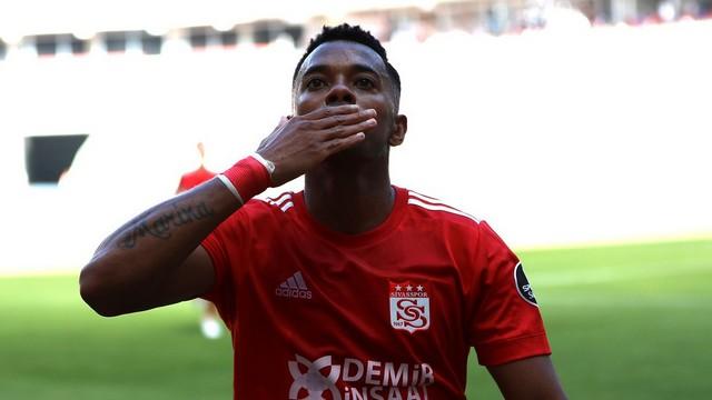 Robinho, Bursaspor'u yıktı