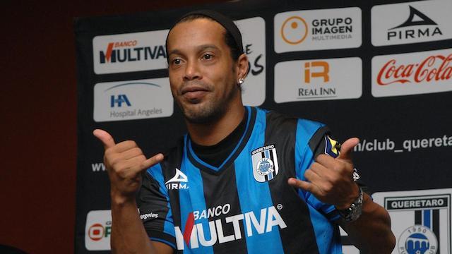 Ronaldinho için FLAŞ açıklama!