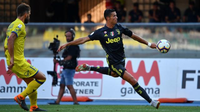 Ronaldo atamadı, Juve son anda kazandı