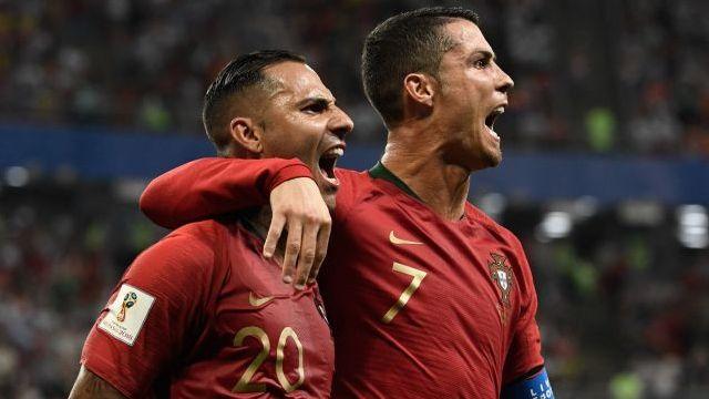 Portekiz ve İspanya terledi ama çıktı!