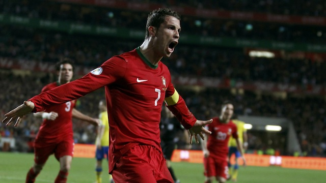 Ronaldo ilk raundu aldı