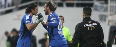 Beşiktaş Kalecilere İmzalatıyor