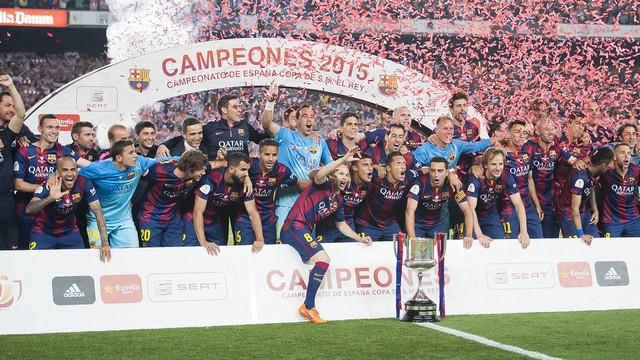 Kral Kupası Barça'nın!