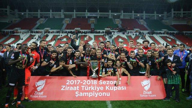 Türkiye Kupası Akhisarspor'un!