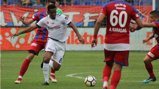 Eto'o Konyaspor'a hayat verdi