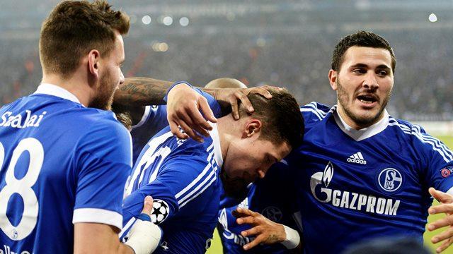 Schalke geç açıldı