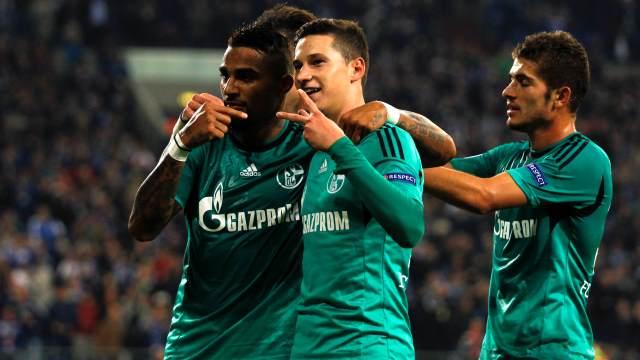 Schalke güle oynaya