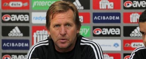 Schuster: Kapy Quaresma At