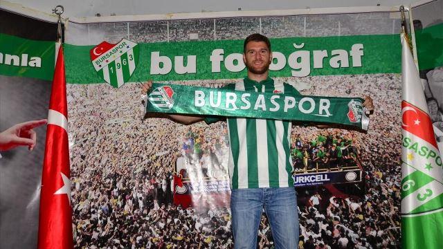 Bursaspor'da 7 oyuncuya yol göründü