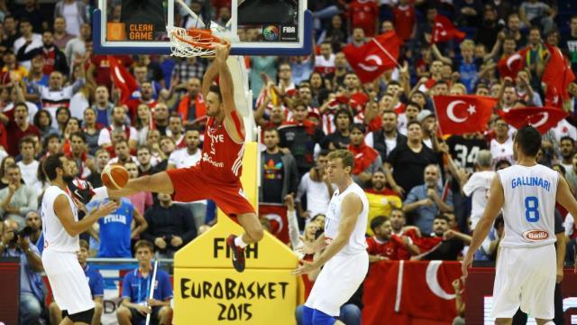 Eurobasket 2015'in ilk günü böyle geçildi