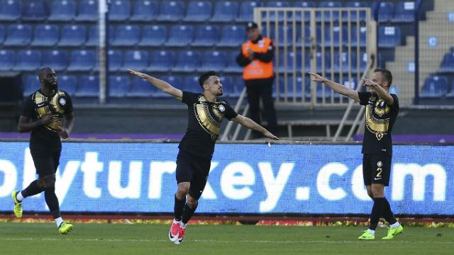 Serdar Gürler Osmanlıspor'u sırtlıyor