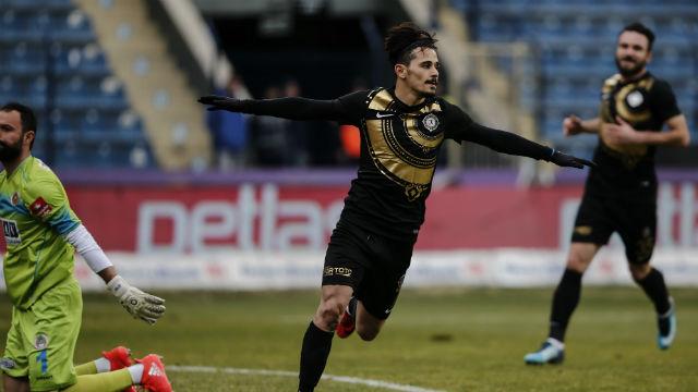 Osmanlıspor 3 puanı 3 penaltı ile aldı