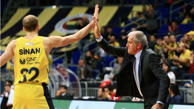 Fenerbahçe Doğuş zirveyi kaptı
