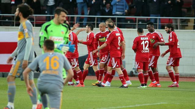 Sivasspor penaltılarla turladı