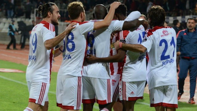 Sivasspor Ankara'da tek attı!