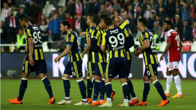 Fenerbahçe Sivas engelini aştı