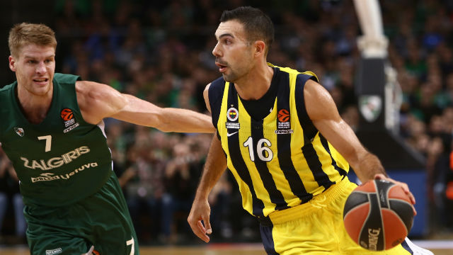 Fenerbahçe kayıpsız devam ediyor