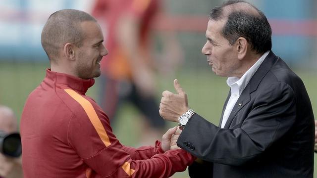 Galatasaray'da flaş imza!