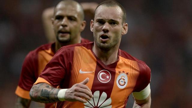 Sneijder'in forması 13 bin liraya satıldı