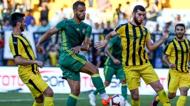 Fenerbahçe, Cocu ile ilk sınavını verdi