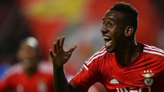 Benfica'nın yıldızından harika gol!