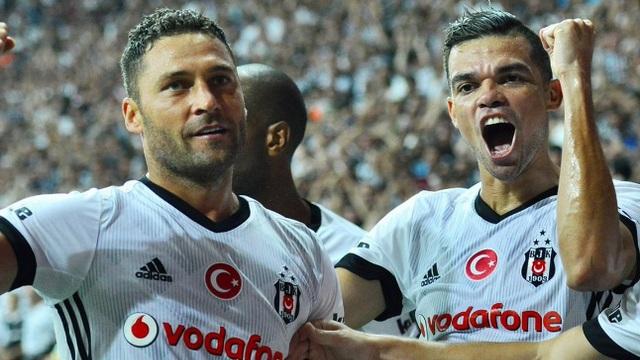 Pepe ve Tosic derbiye yetişecek mi?