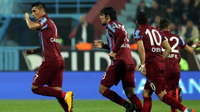 Gol düellosu Trabzon'un!