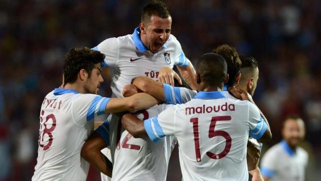 Trabzon güle oynaya
