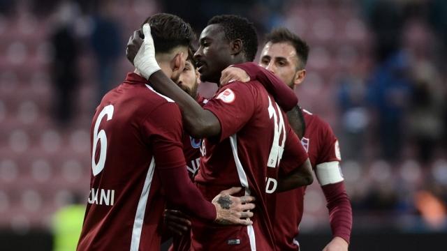 Trabzonspor Avni Aker'e galibiyetle veda etti