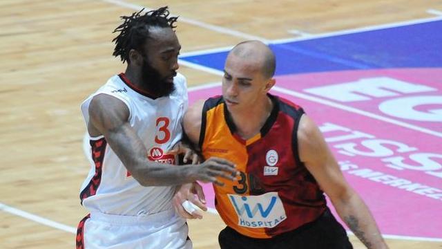 Galatasaray Uşak'ta kazandı