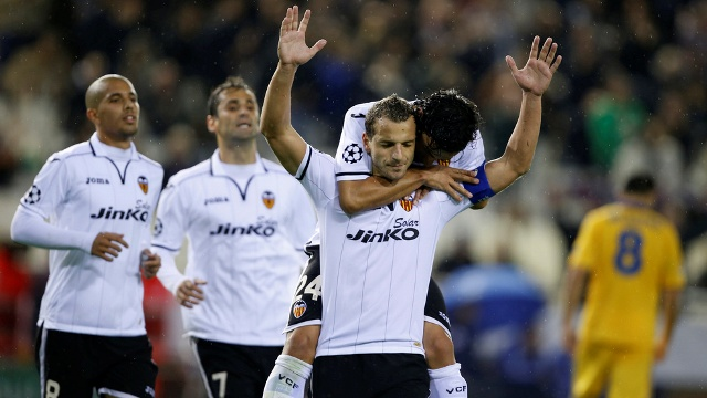 Valencia Yolu Yarıladı