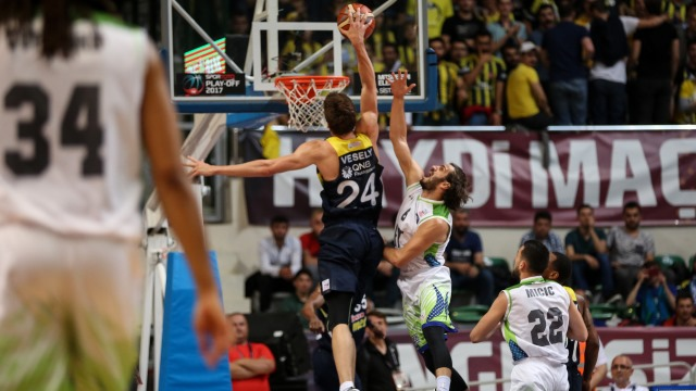 Fenerbahçe seriyi bitirdi
