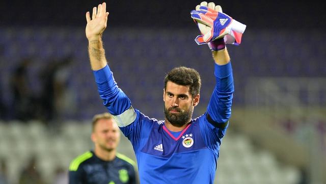 Demirel, Galatasaraylı taraftarı affetti