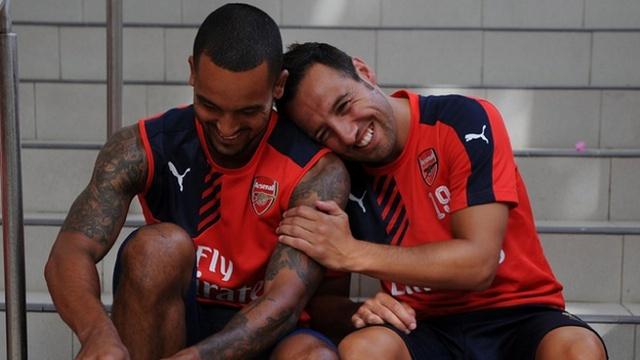 Arsenal'de çifte imza!