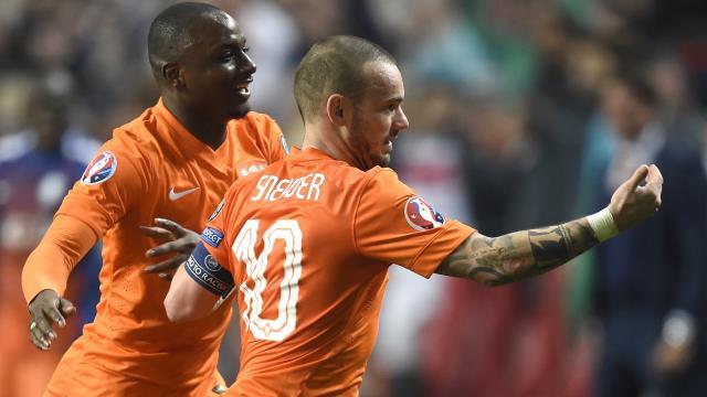 Sneijder artık ikinci