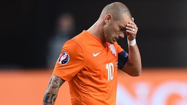Sneijder: Boşlukta gibiyim