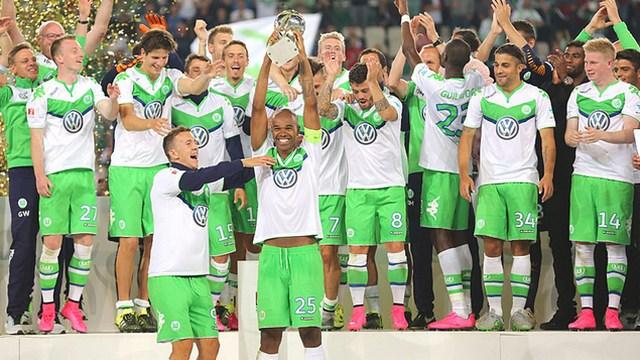Sezonun ilk kupası Wolfsburg'un