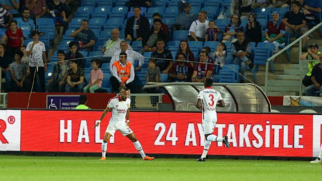 Trabzonspor evinde yıkıldı |Yasin'den 2 gol