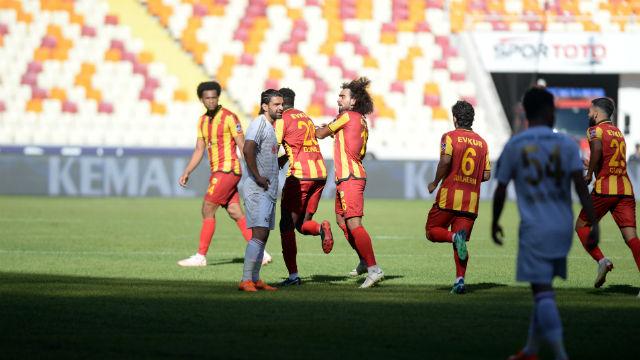 Malatya'da gol düellosunda puanlar paylaşıldı