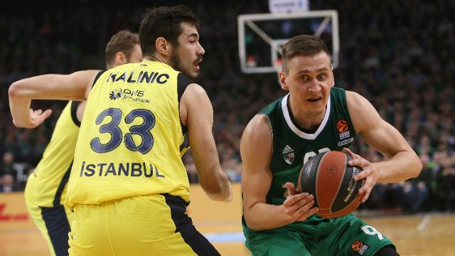 Fenerbahçe Euroleague'de play-off'u garantiledi